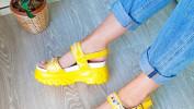 Босоножки – главная обувь лета 2020
